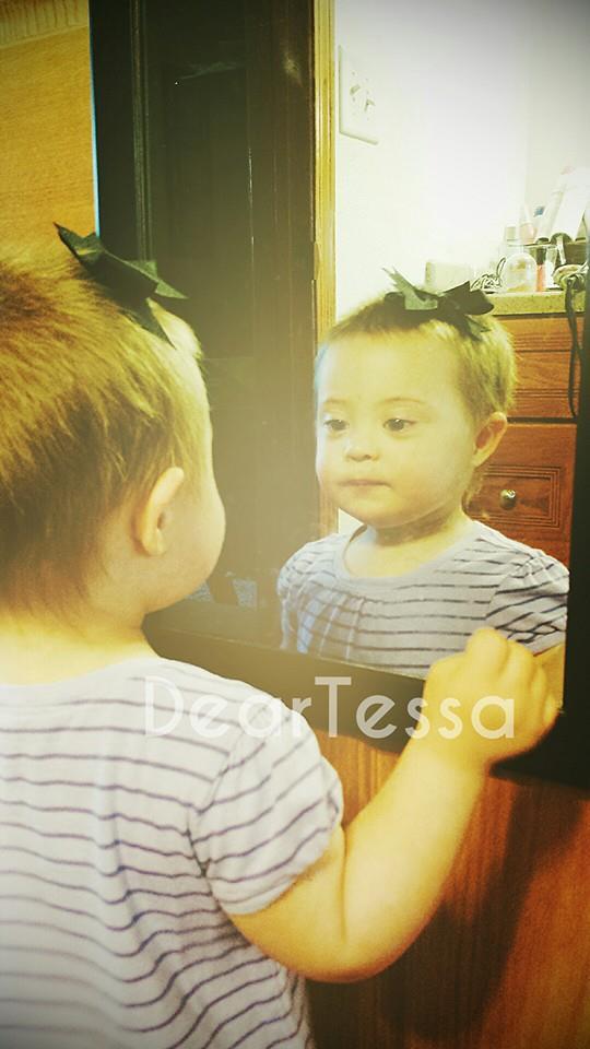 Tessa mirror